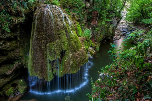 the-most-beautiful-waterfall-in-the-world-is-in-romania-bigar-waterfall
